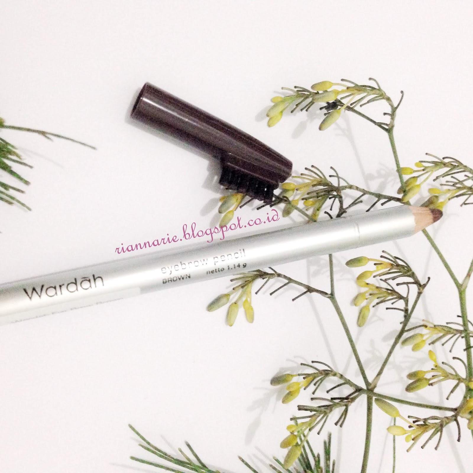 Wardah Eyebrow Pencil Eyebrowpensil Alis Setelah Itu Sikat Kembali Ke Arah Belakang Hingga Rapih Biarkan Bagian Ujung Depan Tampak Lebih Tipis Agar Terkesan Natural